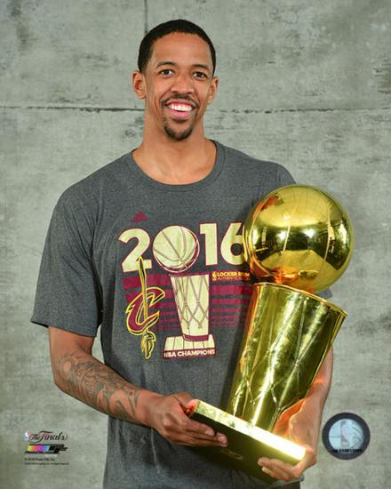Cleveland Cavaliers Fans Scale Walls To Get Photos Of Nba: Channing Frye With The NBA Championship Trophy Game 7 Of
