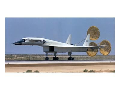 XB-70 largest Mach 3 airplane
