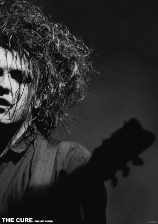 The Cure- Robert Smith Live
