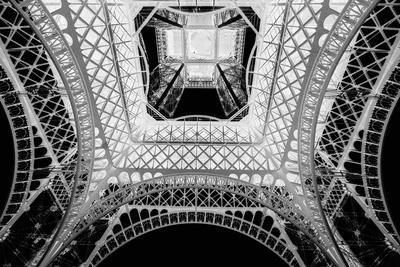X-ray - Beneath the Eiffel Tower