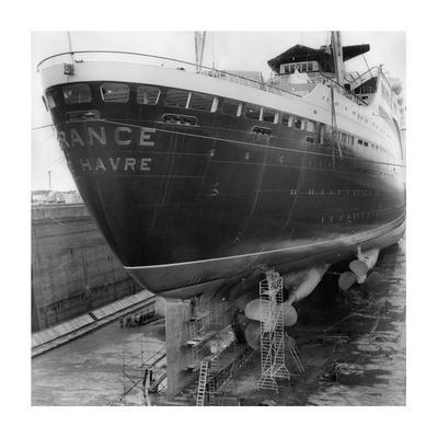 Le paquebot France dans le chantier naval de Saint Nazaire, 1961