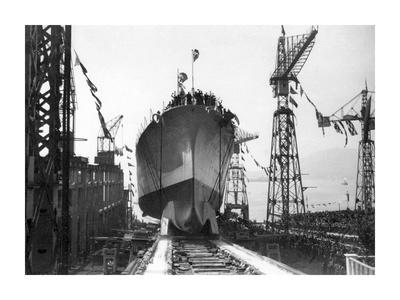 "Lancement du Navire croiseur ""Zara"",1930"