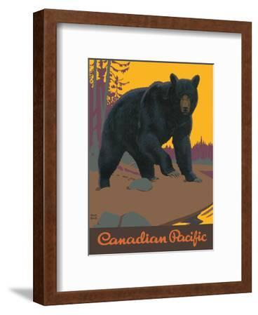 Visit Canada - Grizzly Bear - Canadian Pacific Railway