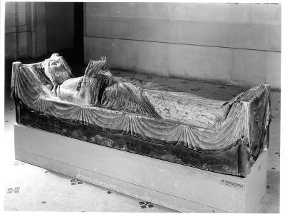 Effigy of Eleanor of Aquitaine (circa 1122-1204) Queen of France, Then of England