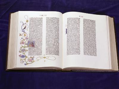 Gutenberg Bible: Book of Daniel