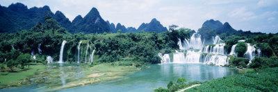 Detian Waterfall, Guangxi Province, China