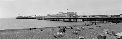Water and Beach, Brighton, England, United Kingdom