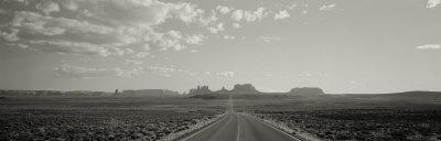 Road, Monument Valley, Utah, USA