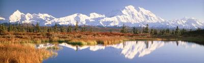 Pond, Alaska Range, Denali National Park, Alaska, USA