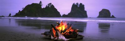 Bonfire on the Beach, Point of the Arches, Shi-Shi Beach, Washington State, USA