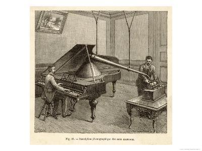 Recording a Man Playing the Piano Using Edison's Improved Model Phonograph