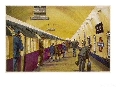 Train Arrives at Wood Green Station London