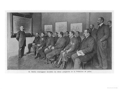 M. Berlitz Instructs Paris Police