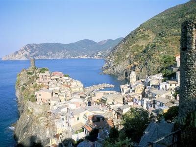 Village of Vernazza, from the East, Cinque Terre, Unesco World Heritage Site, Liguria, Italy