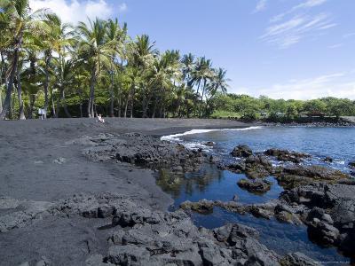 Punaluu Black Sand Beach, Island of Hawaii (Big Island), Hawaii, USA