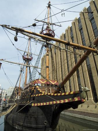 Replica of the Golden Hinde, Francis Drake's Ship, Southwark, London, England