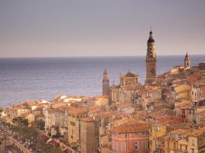 Menton, Alpes Maritimes, Provence, Cote d'Azur, French Riviera, France, Mediterranean