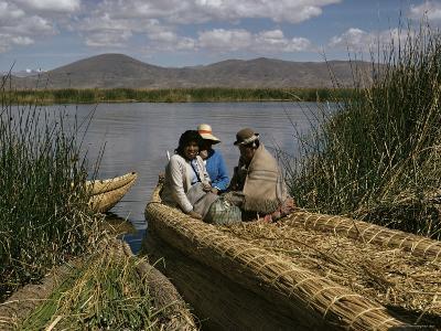 Uro Indians, Lake Titicaca, Peru, South America