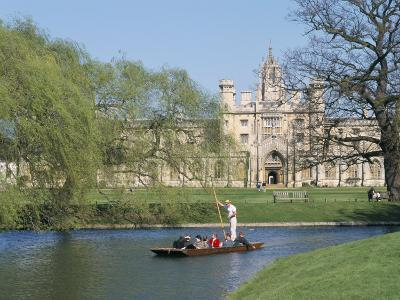 Punting on the Backs, with St. John's College, Cambridge, Cambridgeshire, England