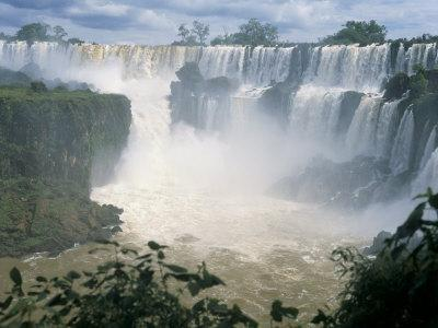 Iguacu (Iguazu) Falls, Border of Brazil and Argentina, South America