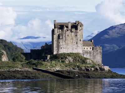 Eilean Donan Castle, Highland Region, Scotland, United Kingdom