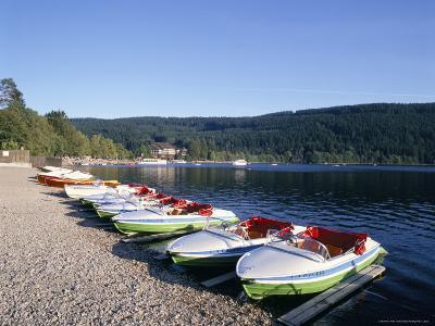 Lake Titisee, Black Forest, Baden-Wurttemburg, Germany
