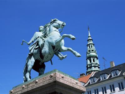 Absalon Monument, Hojbro Plads, Copenhagen, Denmark, Scandinavia
