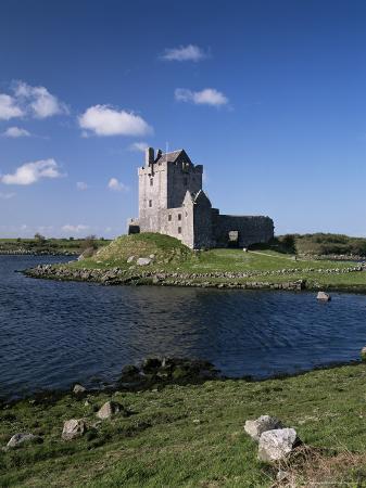 Dunguaire Castle Near Kinvara, County Clare, Munster, Eire (Republic of Ireland)