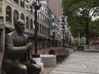 Statue in Quincy Market at Faneuil Hall Marketplace, Boston, Massachusetts