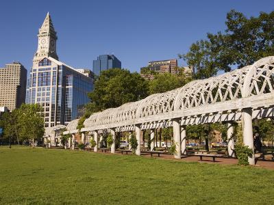 Christopher Columbus Park by the Waterfront, Boston, Massachusetts, New England, USA