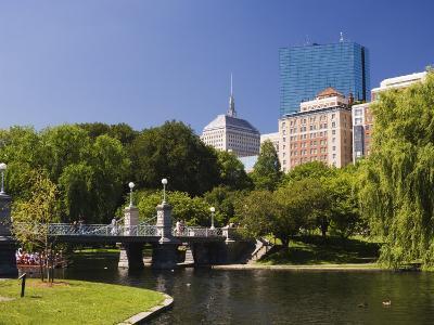 Lagoon Bridge in the Public Garden, Boston, Massachusetts, New England, USA