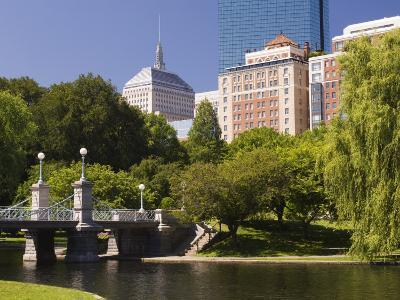 Lagoon Bridge in the Public Garden, Boston, Massachusetts, New England, USA