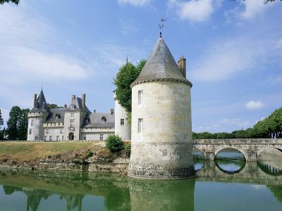 Chateau Sully-Sur-Loire, Loire Valley, Centre, France