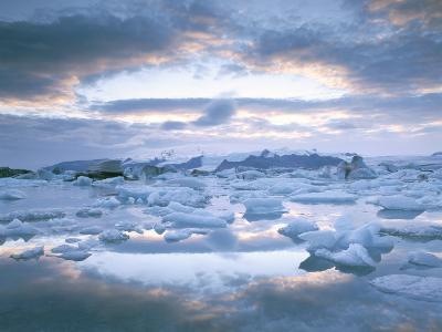 Jokuslarlon Glacial Lagoon, Vatnajokull Ice-Cap, Iceland, Polar Regions