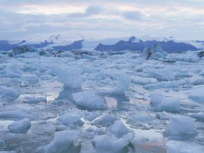 Jokulslarlon Glacial Lagoon, Vatnajokull Icecap, South Area, Iceland, Polar Regions