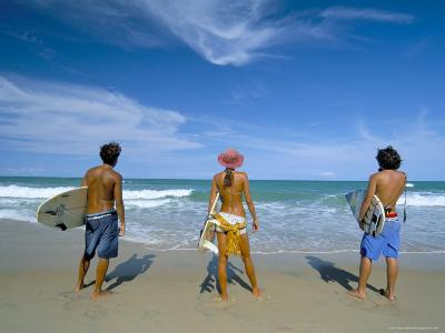 Surfers, Praia Do Amor, Pipa, Natal, Rio Grande Do Norte State, Brazil, South America