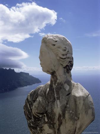 Sculpture, Villa Cimbrone, Ravello, Campania, Italy