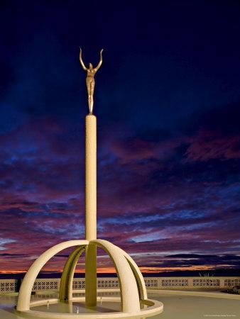Art Deco Statue at Sunrise Over the Pacific Ocean, Napier, North Island, New Zealand