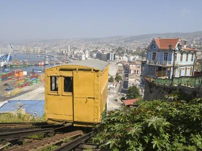 Funicular, Valparaiso, Chile, South America