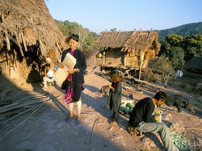 Hmong Village of Ban Mak Phoun, Between Udomoxai (Udom Xai) and Luang Nam Tha, Laos, Indochina