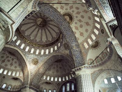 Interior of the Blue Mosque (Sultan Ahmet Mosque), Unesco World Heritage Site, Istanbul, Turkey