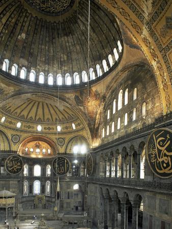 Interior of Santa Sofia (Hagia Sophia) (Aya Sofya), Unesco World Heritage Site, Istanbul, Turkey