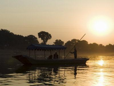 Sunset on the Narmada River, Maheshwar, Madhya Pradesh State, India
