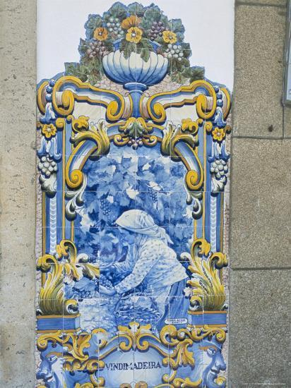 Pinhao Railway Station, Famous for Its Azulejos Tiles on Port Making, Douro  Region, Portugal