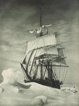 Terra Nova Icebound, British Antarctic Expedition, Circa 1910