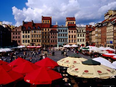Summertime Open-Air, Outdoor Cafes on Old Market Square, Warsaw, Mazowieckie, Poland