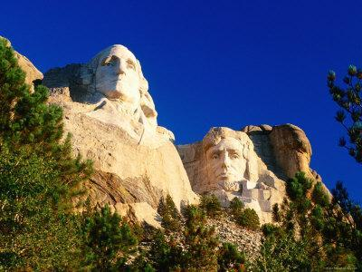 Heads of Washington and Lincoln at Mount Rushmore National Memorial, Black Hills, South Dakota