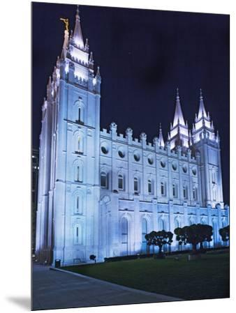 Mormon Salt Lake Temple At Night Salt Lake City Utah Usa Photographic Print Dennis Flaherty Allposters Com
