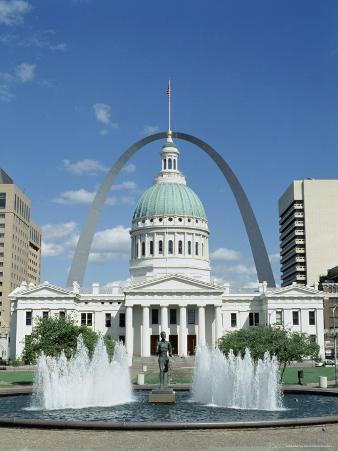 Fountains and Buildings in City of St. Louis, Missouri, United States of America (USA)