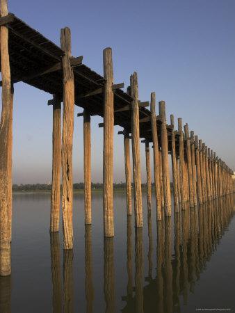 Taungthaman Lake, U Bein's Bridge, the Longest Teak Span Bridge in the World, Mandalay, Myanmar